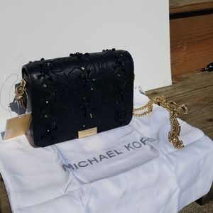 Michael Michael Kors Jade MD Gusset Clutch